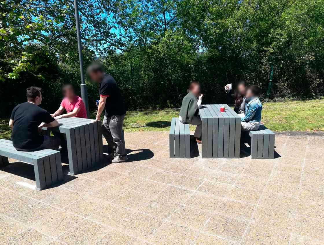 Proyecto Ibermática - mesas exterior