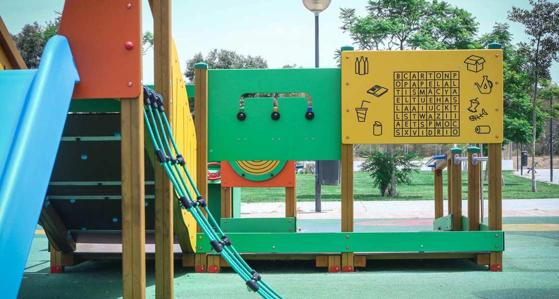 Parque reciclado de Jolas Play en Cádiz